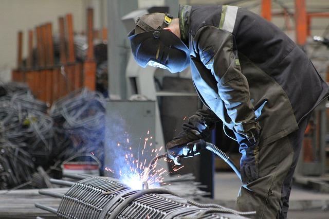 Co ma znaczenie przy wybieraniu profesjonalnych rękawic roboczych?