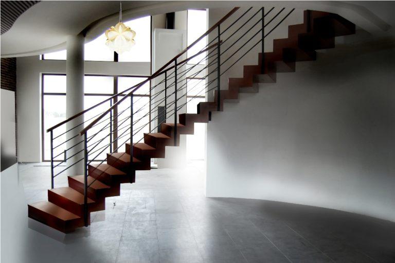 Dlaczego warto kupić schody zabiegowe do domu?